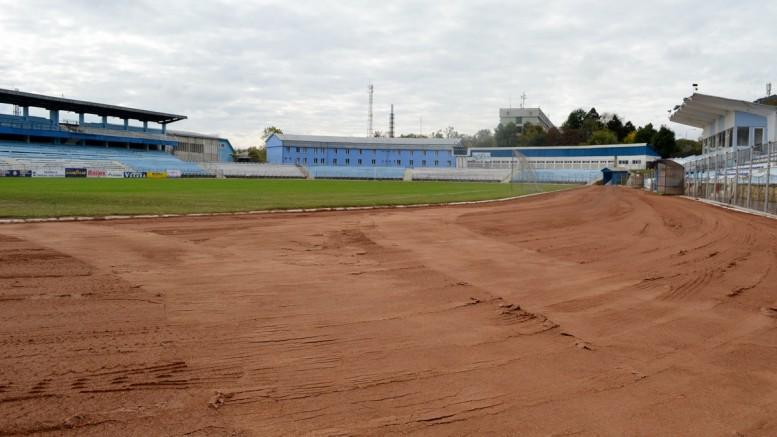 zgură nouă pe stadionul Areni