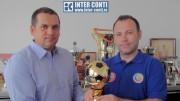 Preşedintele AJF Suceava, Ciprian Anton, alături de administratorul Inter Conti, Mihai Ududec