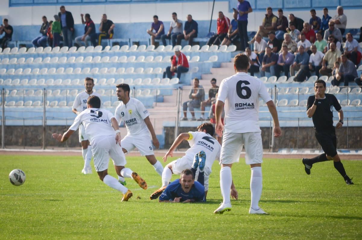 Rapid Suceava - FC Brasov - accidentare Enciu