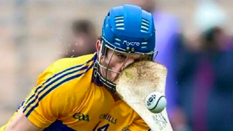 reddit-users-cant-get-their-head-around-hurling-after-seeing-that-clarekilkenny-photo